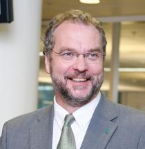 Lars Sponheim la i dag frem en 15-punkts plan for nyskaping i dag.