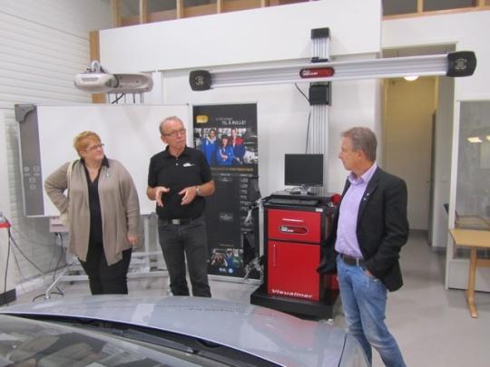 Trine Skie Grande, Thor Strand Daglig Leder Bilbransjen Opplæringskontor og Helge Stiksrud